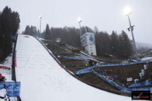 TCS Bischofshofen: Śnieg nie dał za wygraną, sobotnie skoki odwołane (program na niedzielę)