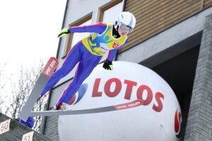 PŚ Pań Oberstdorf: Takanashi prowadzi z rekordem, Rajda w finale!