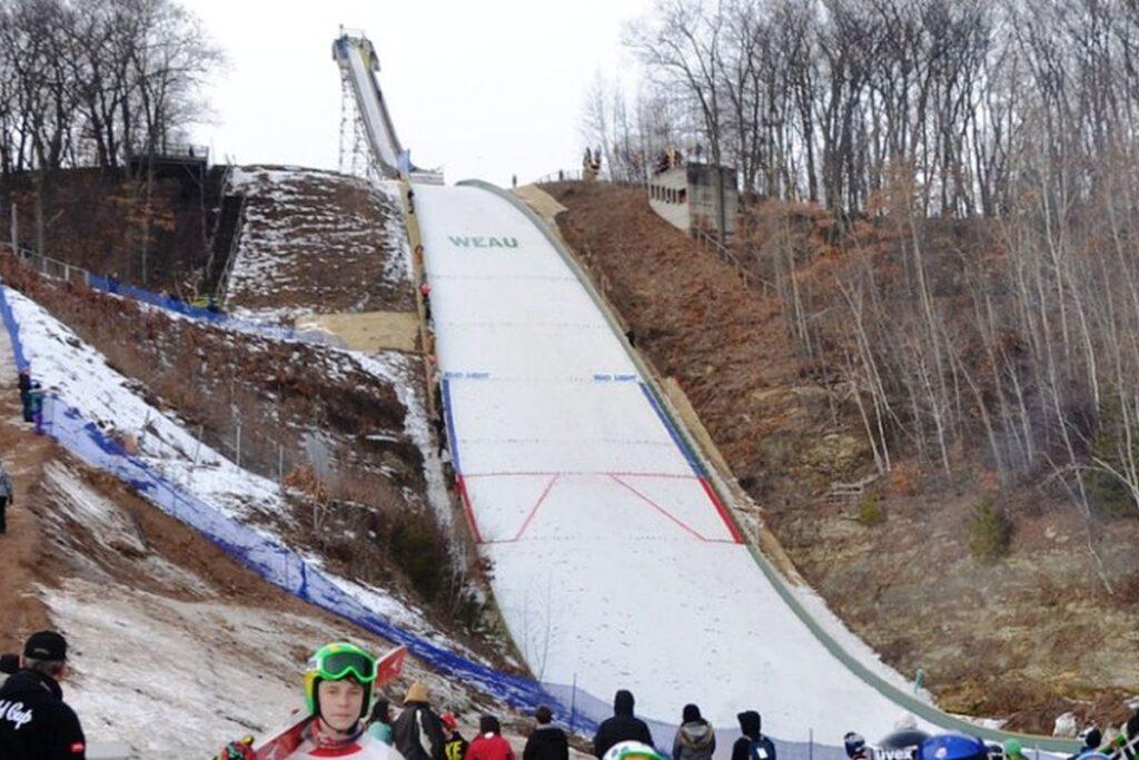 FIS Cup: Skoczkinie i skoczkowie zmierzą się w amerykańskim Eau Claire