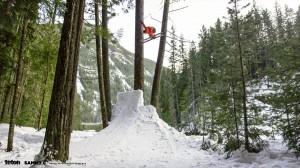 """Sammy Carlson The.Sammy .C.Project fot.materialy.organizatora.tetongravity.com 4 300x168 - """"The Sammy C Project"""" – superprodukcja narciarska 22 marca w Multikinie! (WIDEO)"""