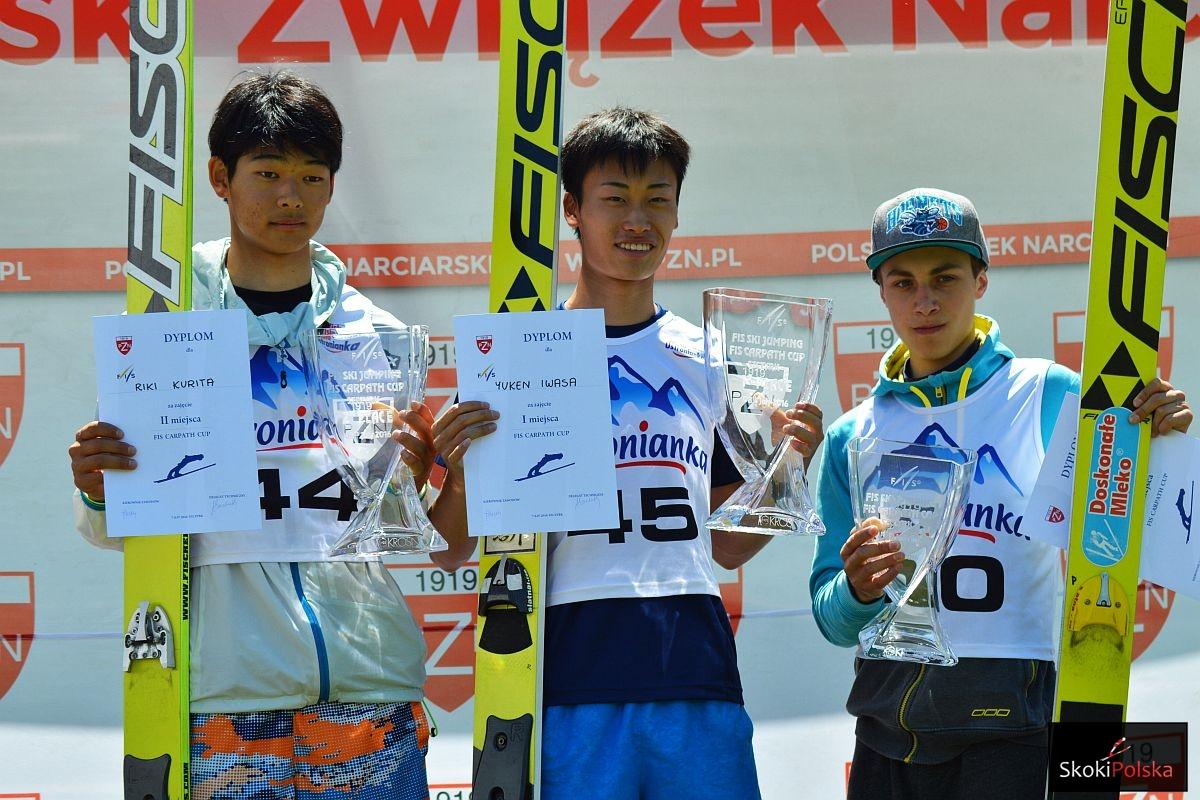 Podium konkursu mężczyzn (od lewej: R.Kurita, Y.Iwasa, D.Skupień), fot. Bartosz Leja