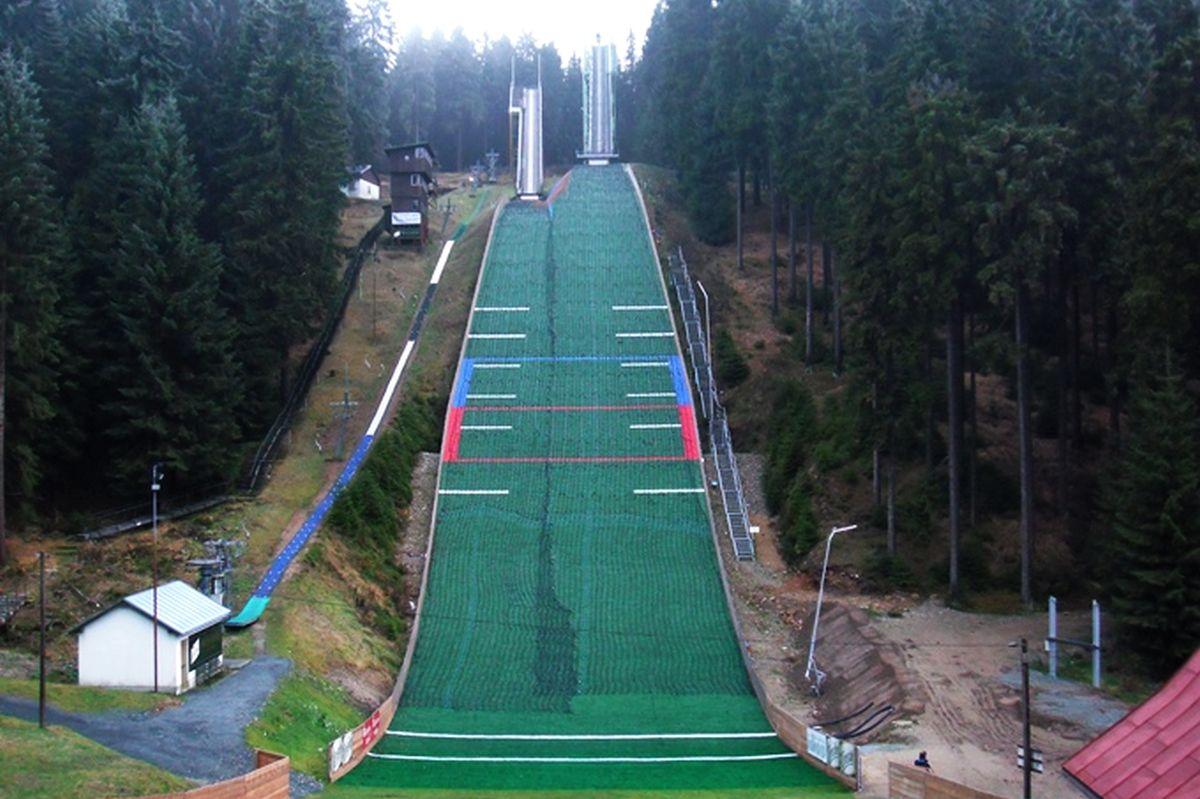 Klingenthal-Muehlleithen - kompleks 'Vogtlandschanzen, fot. skisprungschanzen.com