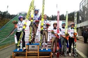 Czołowa szóstka konkursu (od lewej: Maeaettae, Ahonen, Nousiainen, Asikainen, Muotka, Larinto), fot. Stanisław Okas