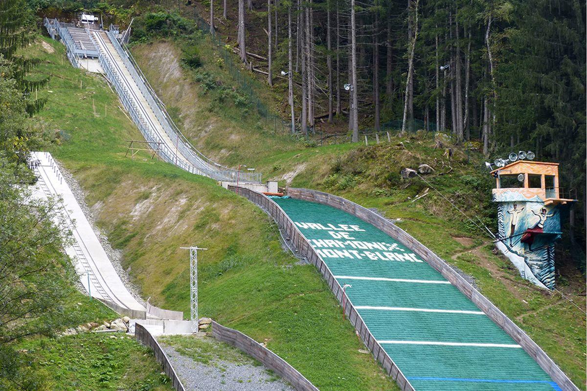 Chamonix Le.Grepon fot.chamonixsport.com  - Skocznie w Chamonix odnowione, Descombes Sevoie obecny na inauguracji