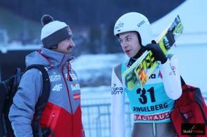 Aleksander Zniszczoł (po prawej) w rozmowie z Adamem Małyszem (fot. Julia Piątkowska)