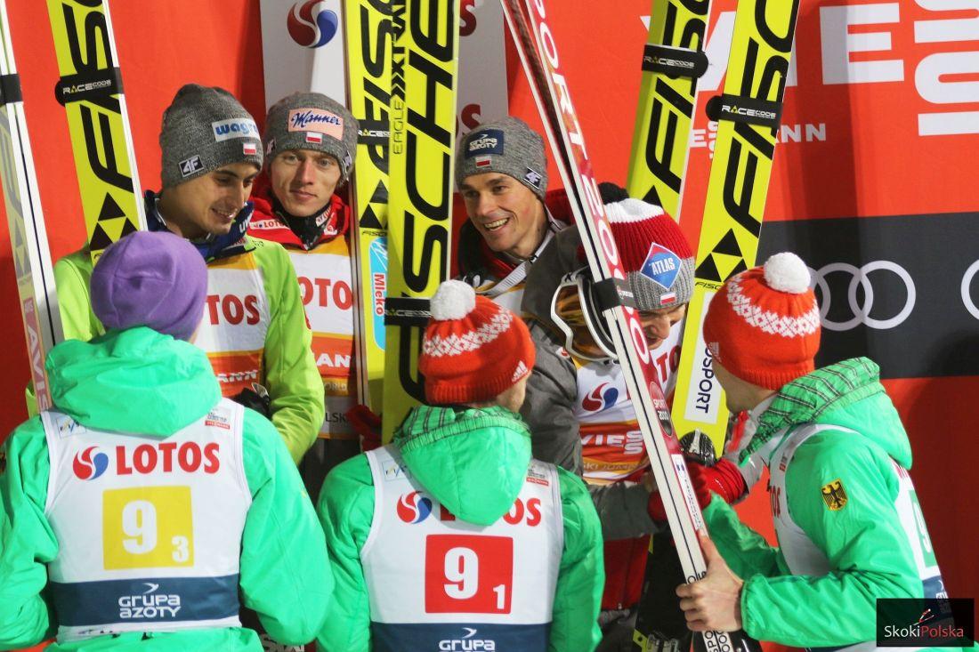 Polscy i niemieccy skoczkowie na podium w Zakopanem (fot. Julia Piątkowska)