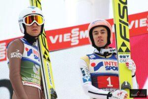 Jeden wiatr pokonał, drugi pokonać się dał, czyli Kamil Stoch i Stefan Kraft (fot. Julia Piątkowska)