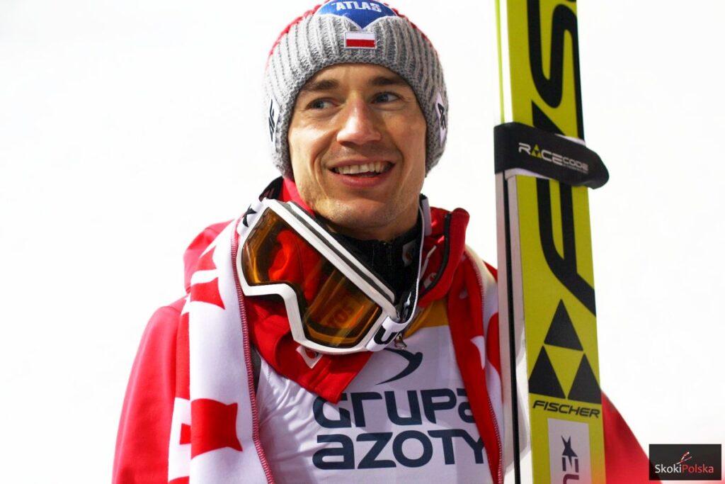 PŚ Oberstdorf: Kamil Stoch odlatuje rywalom w serii próbnej!