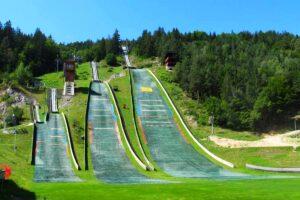 Skocznie w Villach (fot. Skisprungschanzen.com)
