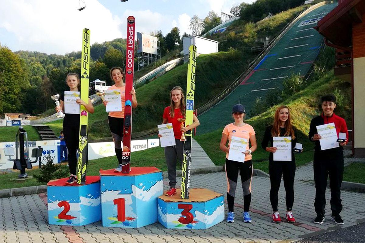 Czołowa szóstka konkurs kobiet (od lewej: Twardosz, Karpiel, Cieślar, Rajda, Trambitas, Militaru), fot. Sławomir Hankus