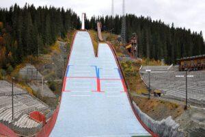 LPK Trondheim: 57 skoczków zmierzy się w sobotę, kolejne podium dla Murańki?