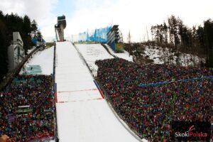 TCS Innsbruck: Czas na rywalizację w Austrii, 72 zawodników na starcie kwalifikacji [LIVE]