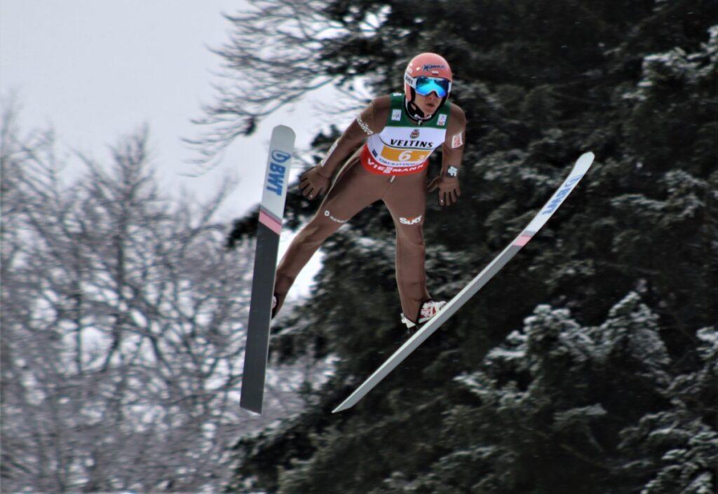 Read more about the article MŚwL Oberstdorf: Norwegowie najlepsi w serii próbnej, Kubacki 3.