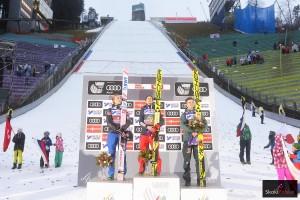 Podium konkursu w Innsbrucku (od lewej: D.A.Tande, K.Stoch, A.Wellinger), fot. Julia Piątkowska
