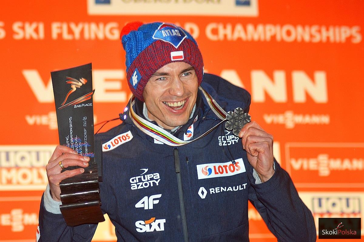 """Kamil Stoch Oberstdorf.medal fot.Bartosz.Leja  - Kamil Stoch: """"Wszystko mogło się stać. Cieszę się z tego, co jest"""" (WIDEO)"""