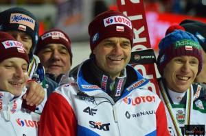 Trener Stefan Horngacher (w środku), fot. Bartosz Leja
