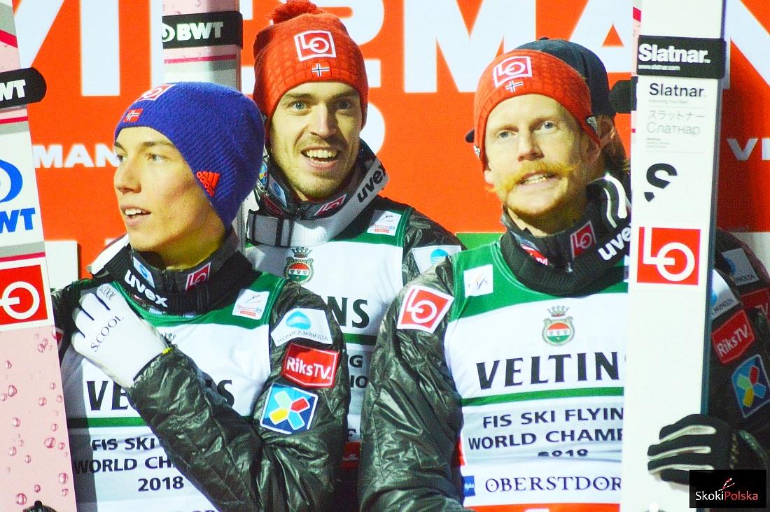 Norwescy skoczkowie (od lewej: Forfang, Stjernen, Johansson), fot. Bartosz Leja