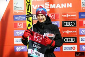 Read more about the article PŚ Oslo: Kamil Stoch wygrywa prolog Raw Air w Oslo!