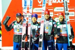 Norwescy skoczkowie (od lewej: D.A.Tande, J.A.Forfang, A.Stjernen, R.Johansson), fot. Bartosz Leja