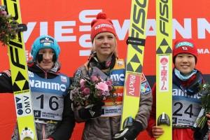 PŚ kobiet Oslo 2018 podium Lundby Iraschko Stolz Ito fot. Julia Piątkowska 300x200 - PŚ Pań Oslo: Lundby wygrywa po raz pierwszy na dużej skoczni!