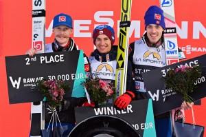 Podium klasyfikacji generalnej RAW AIR 2018 (od lewej: R.Johansson, K.Stoch, A.Stjernen), fot. Przemek Wardęga