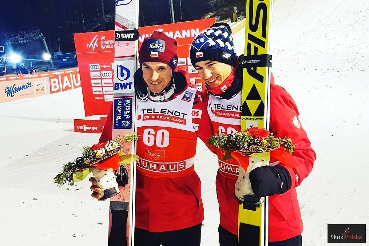Piotr Żyła i Kamil Stoch (fot. Anna Libera)