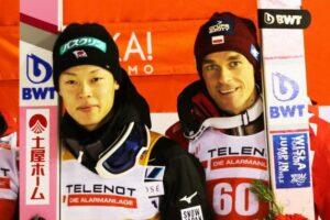 Ryoyu Kobayashi i Piotr Żyła (fot. Julia Piątkowska)