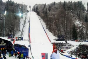 """Oberstdorf Heini Klopfer Skiflugschanze 2018 fot.Adrian.Kyc  300x200 - PŚ Oberstdorf: Drugi dzień walki na """"mamucie"""", czekamy na loty Polaków! (LIVE)"""