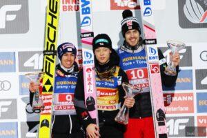 Innsbruck: R. Kobayashi nokautuje rywali, Kubacki spada w klasyfikacji 67. TCS
