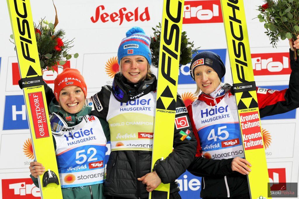 Medalistki MŚ Seefeld 2019 (od lewej: K.Althaus, M.Lundby, D.Iraschko-Stolz), fot. Julia Piątkowska
