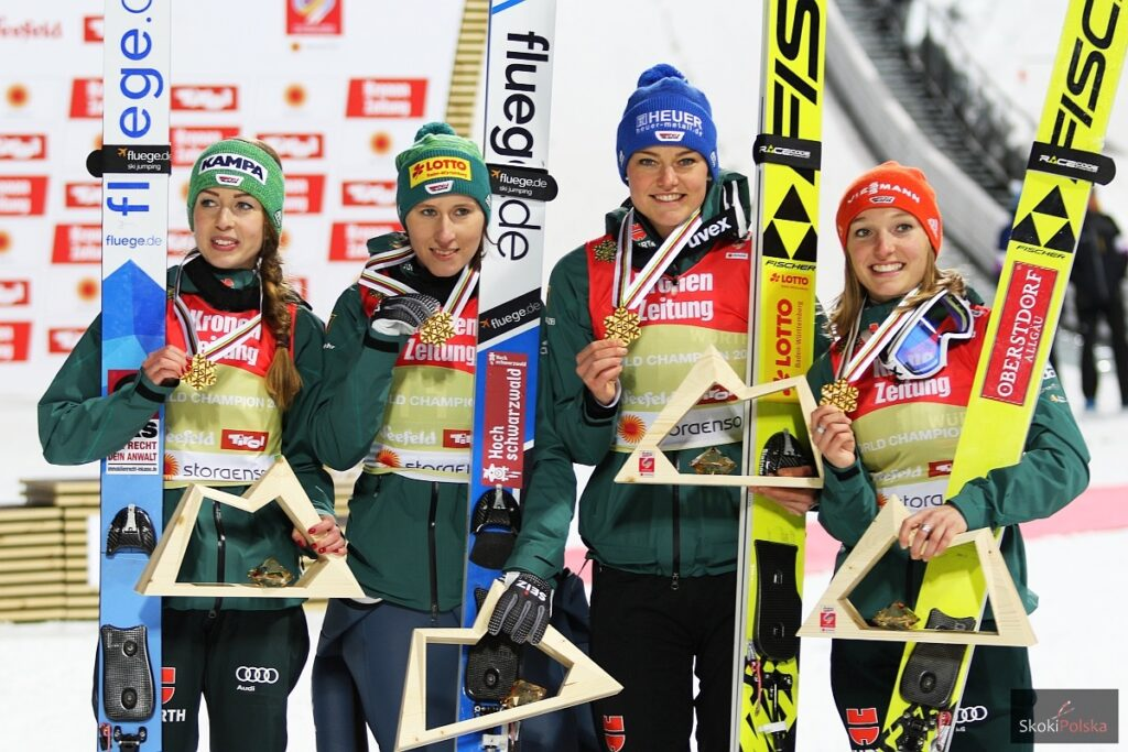 Złote medalistki - Niemki (od lewej: Seyfarth, Straub, Vogt, Althaus), fot. Julia Piątkowska