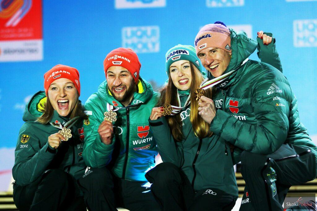 Złoci medaliści (od lewej: K.Althaus, M.Eisenbichler, J.Seyfarth, K.Geiger), fot. Julia Piątkowska