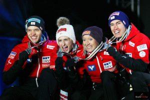 Srebrni medaliści - Austriacy (od lewej: P.Aschenwald, E.Pinkelnig, D.Iraschko-Stolz, S.Kraft), fot. Julia Piątkowska