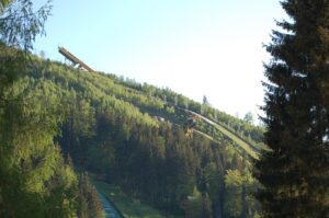 Ratowanie skoków narciarskich w Harrachovie: trwa publiczna zbiórka pieniędzy na odbudowę skoczni