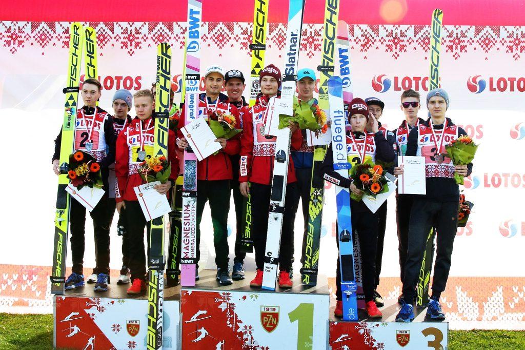 Podium konkursu (od lewej: WSS Wisła, AZS Zakopane, TS Wisła Zakopane), fot. Anna Karczewska