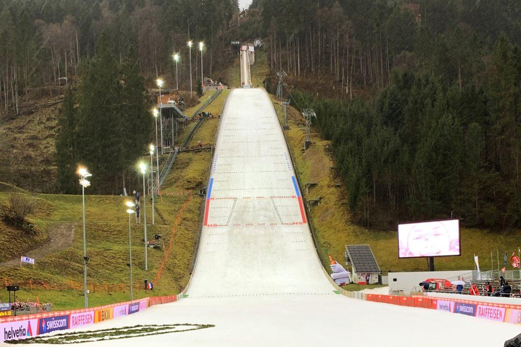 Puchar Świata w Engelbergu odbędzie się przy pustych trybunach