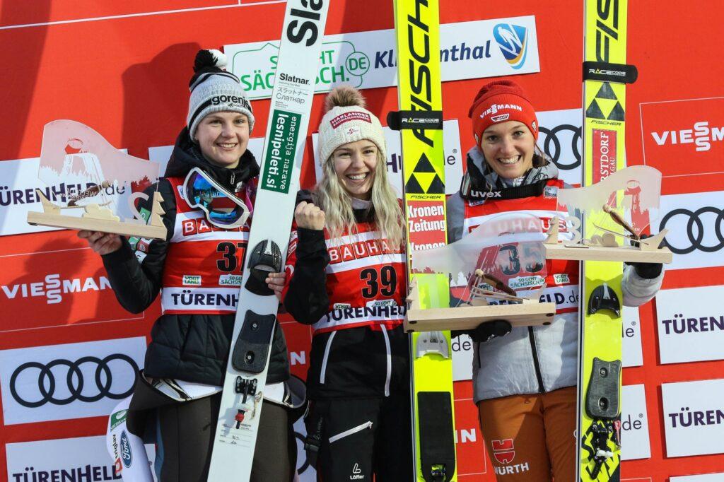 Podium konkursu (od lewej: Klinec, Hoelzl, Althaus), fot. Konstanze Schneider