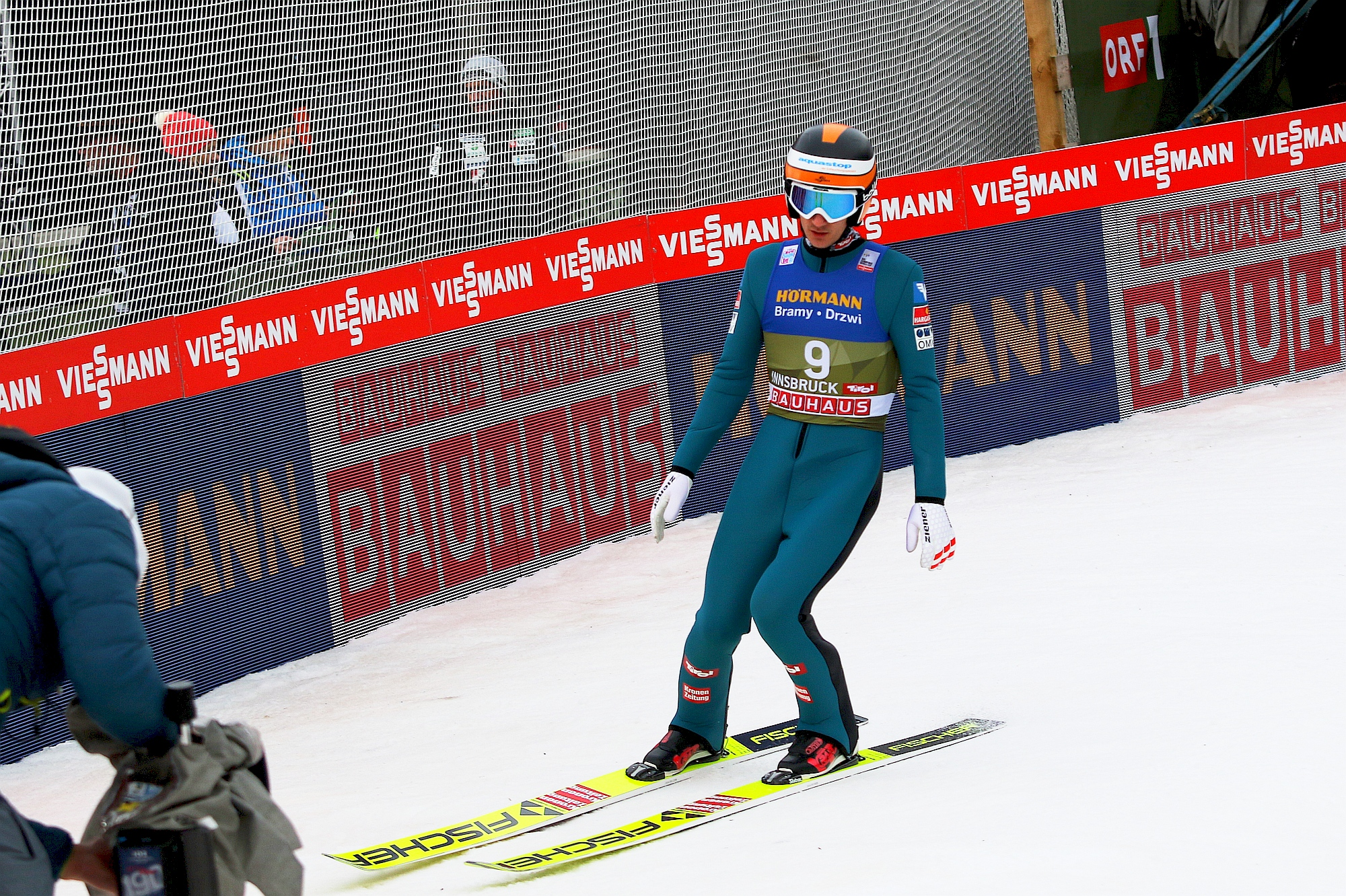 You are currently viewing PK Ruka: Clemens Leitner liderem na półmetku drugiego konkursu, Kot trzeci!