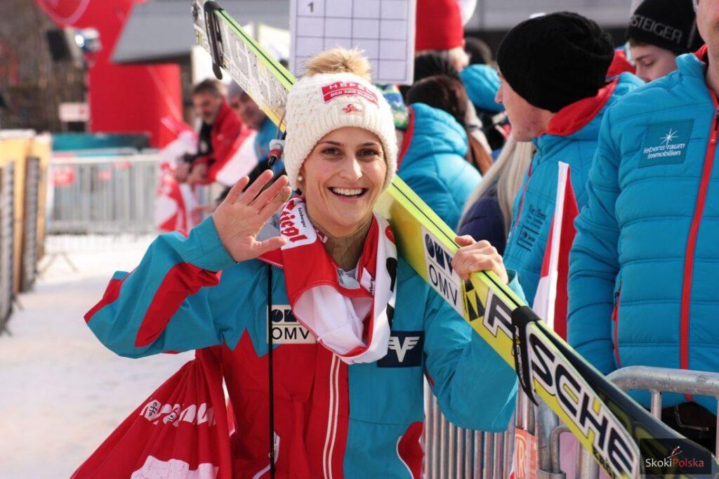 PŚ Pań Sapporo: Pierwszy triumf Pinkelnig, rekord Lundby i punkty Rajdy [WYNIKI]