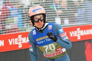 StefanKraft Innsbruck2020 fot.JP  300x200 - PŚ Predazzo: Czy Kubacki i Stoch potwierdzą wysoką formę na normalnej skoczni? [LIVE]