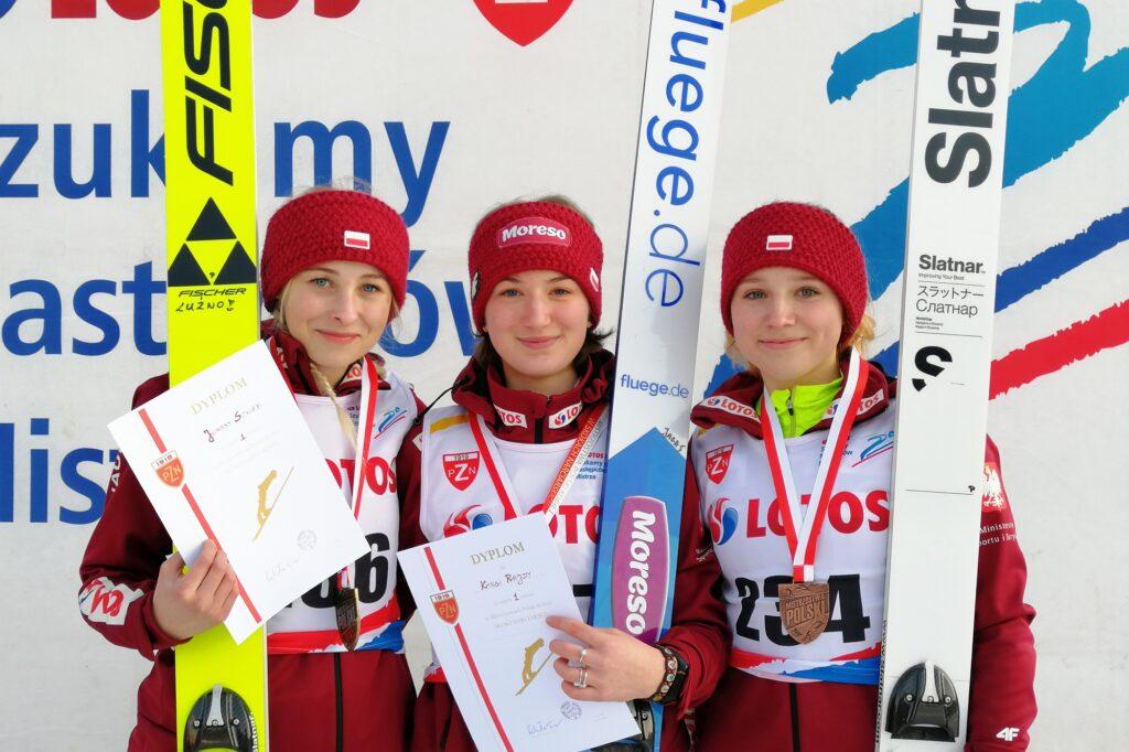 Podium konkursu (od lewej: J.Szwab, K.Rajda, A.Twardosz), fot. Julia Piątkowska)