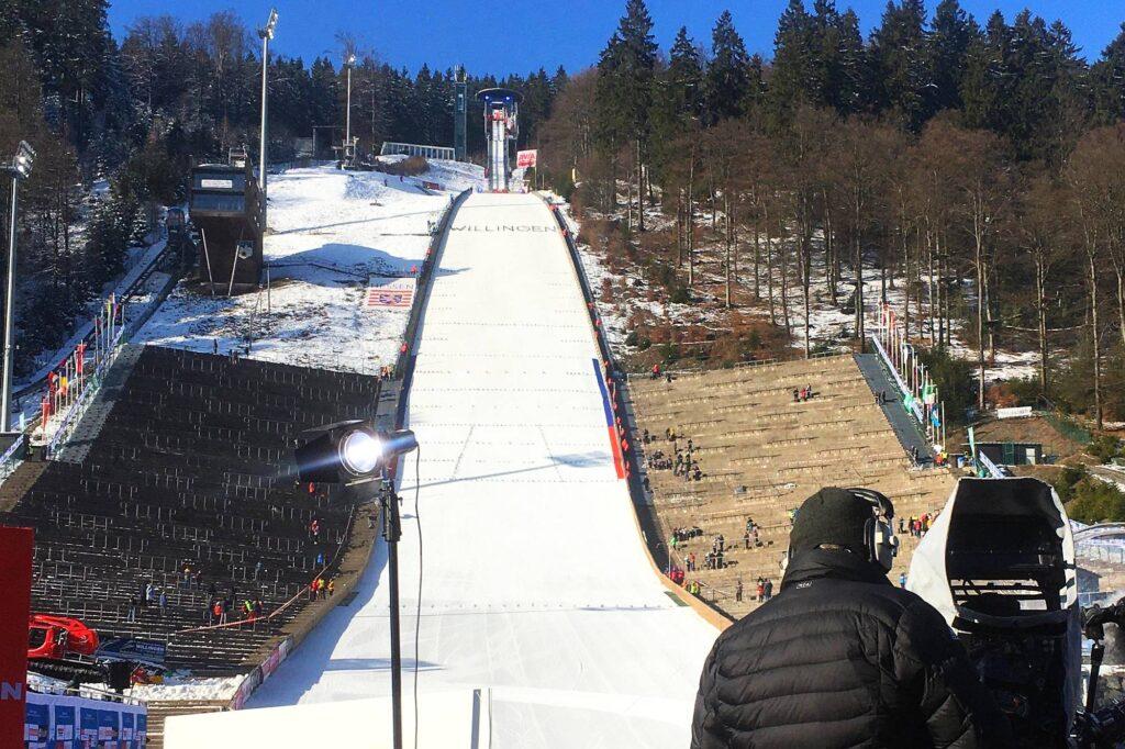 Po prawej stronie od Muehlenkopfschanze ma powstać mniejsza skocznia (fot. Dasha Mashkina)