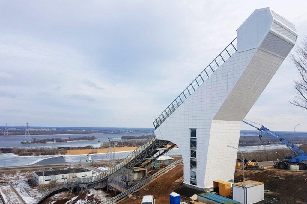 Rosjanie zakończyli budowę 60-metrowej skoczni w Niżnym Nowogrodzie