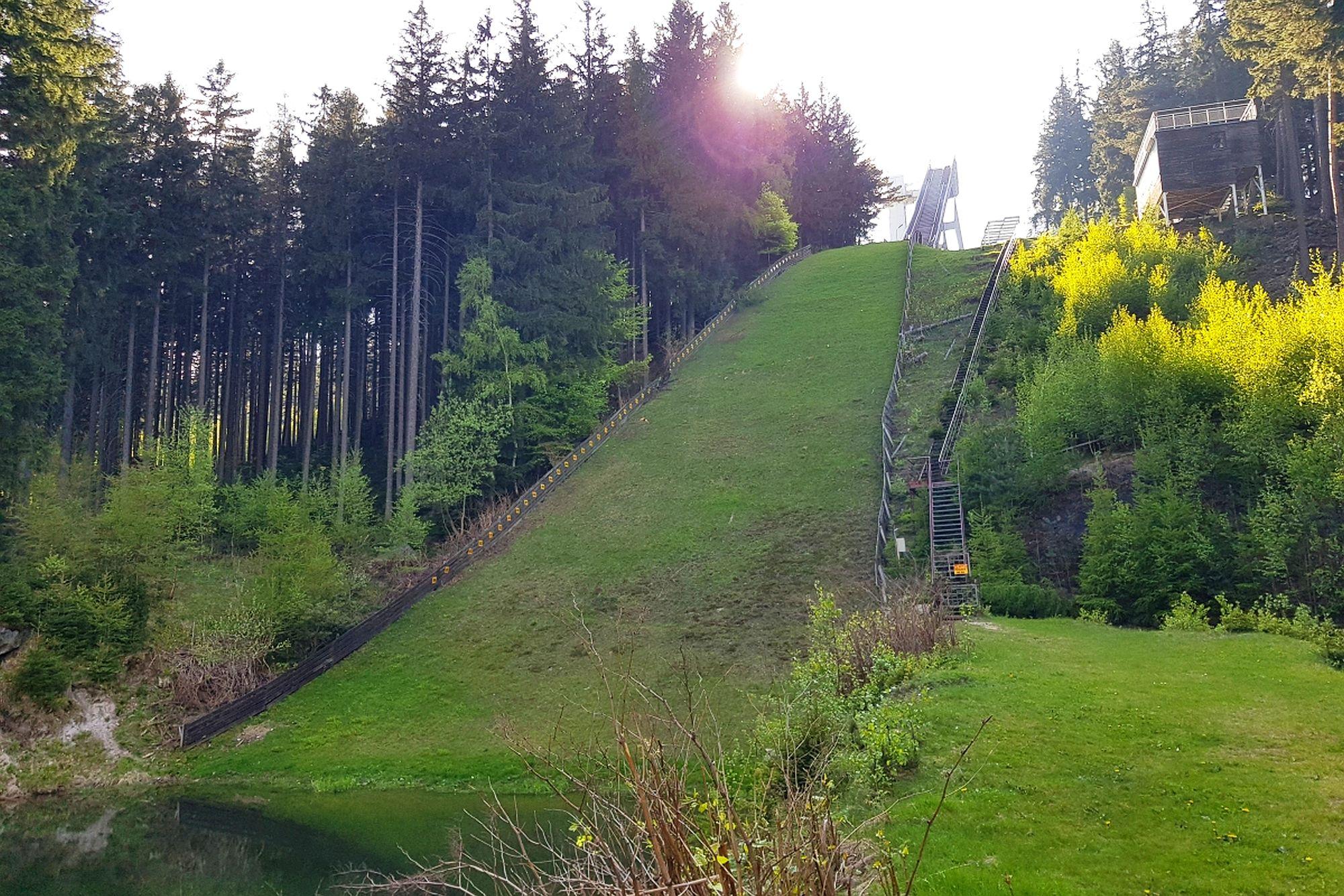 Zapomniane skoki narciarskie na Dolnym Śląsku. Czy jest szansa na odrodzenie?