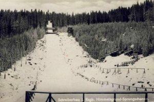 Skocznia w Szklarskiej Porębie na Owczych Skałach. Zdjęcie z 1930 roku (fot. dolny-slask.org.pl)