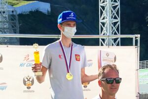 AleksandrBazhenov Soczi2020 fot.DashaMashkina 300x200 - Bazhenov i Makhinia najlepsi z mistrzostwach Rosji w Krasnej Polanie