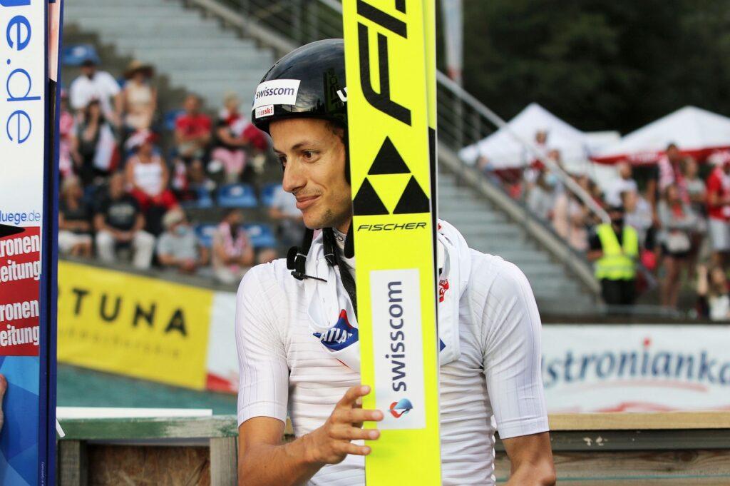 Deschwanden mistrzem Szwajcarii, pechowy upadek Peiera. Medalista MŚ w szpitalu!