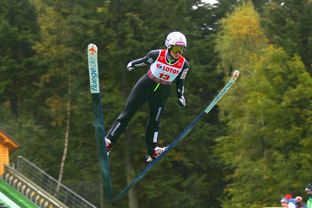 Mistrzostwa Polski na dużej skoczni w Wiśle już 22 grudnia. Wystartują też kobiety!