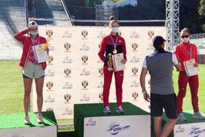 Tikhonova Makhinia Avvakumova mistrzostwaRosji2020 fot.DashaMashkina 300x200 - Bazhenov i Makhinia najlepsi z mistrzostwach Rosji w Krasnej Polanie