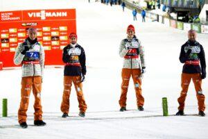GeigerEisenbichlerSchmidPaschke Planica2020srebro Niemcy fot.BoBoPlanicaSi 300x200 - MŚwL Planica: Norwegowie przeskoczyli Niemców, Polacy z brązowymi medalami!